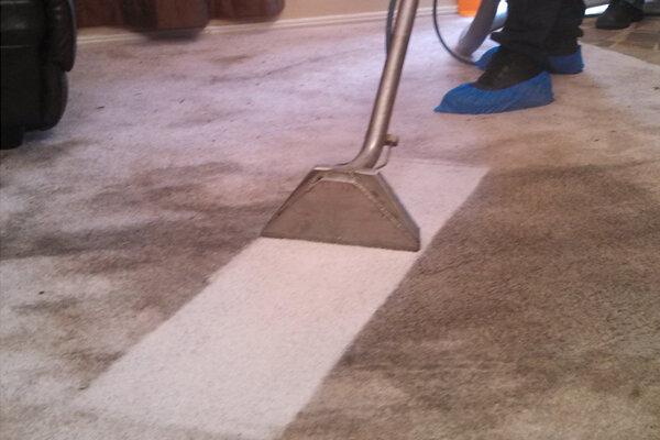 Deep-Cleaning-Carpet